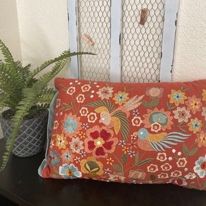 Pier 1 pair of floral embroidered accent pillows